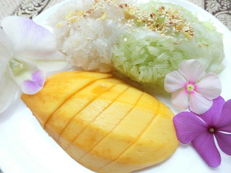 Khao Neaw Mamuang - Phuket Cooking Class